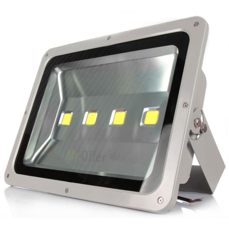 Fari led esterno 200 watt 4 lampade led alta potenza - Lampade per esterno a led ...